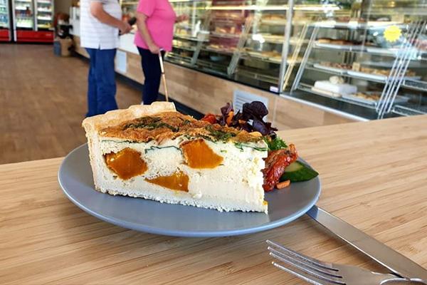 Tailem Bend Bakery Salad Bar